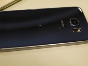 Galaxy S6裏面