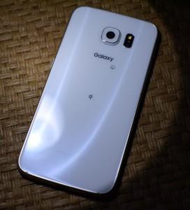 Galaxy S6 に光を当てる (2)